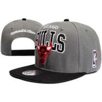 Boné Aba Reta Chicago Bulls Snapback Cinza Mitchell Nba