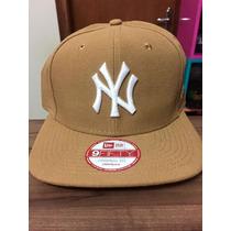 Boné New Era Snapback Ny Yankees Bege