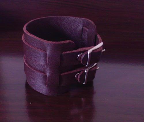Bracelete De Couro Estilo Johnny Depp E Luan Santana