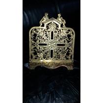 Porta Bíblia Em Bronze Todo Trabalhado Uma Arte Sacra