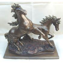 Escultura Com 2 Cavalos De Petit Bronze ( Cod 159 )