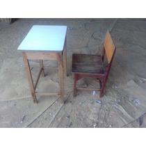 Carteira Escolar Antiga Com Cadeira Madeira De Lei (atinho_)