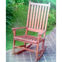 Cadeira De Balanço Em Madeira Eucalipto Assento Côncavo