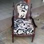 Cadeira Antiga De Madeira Reformada
