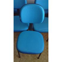 Cadeiras Azuis Em Perfeito Estado