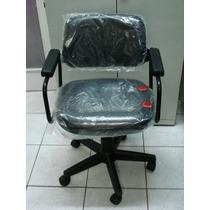 Cadeira Cavaletti Com Braço E Rodas - Nova