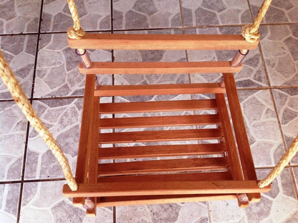 Cadeirinha Balanço Infantil Em Madeira Cedrinho R$ 87 55 no  #8D341B 1200x896