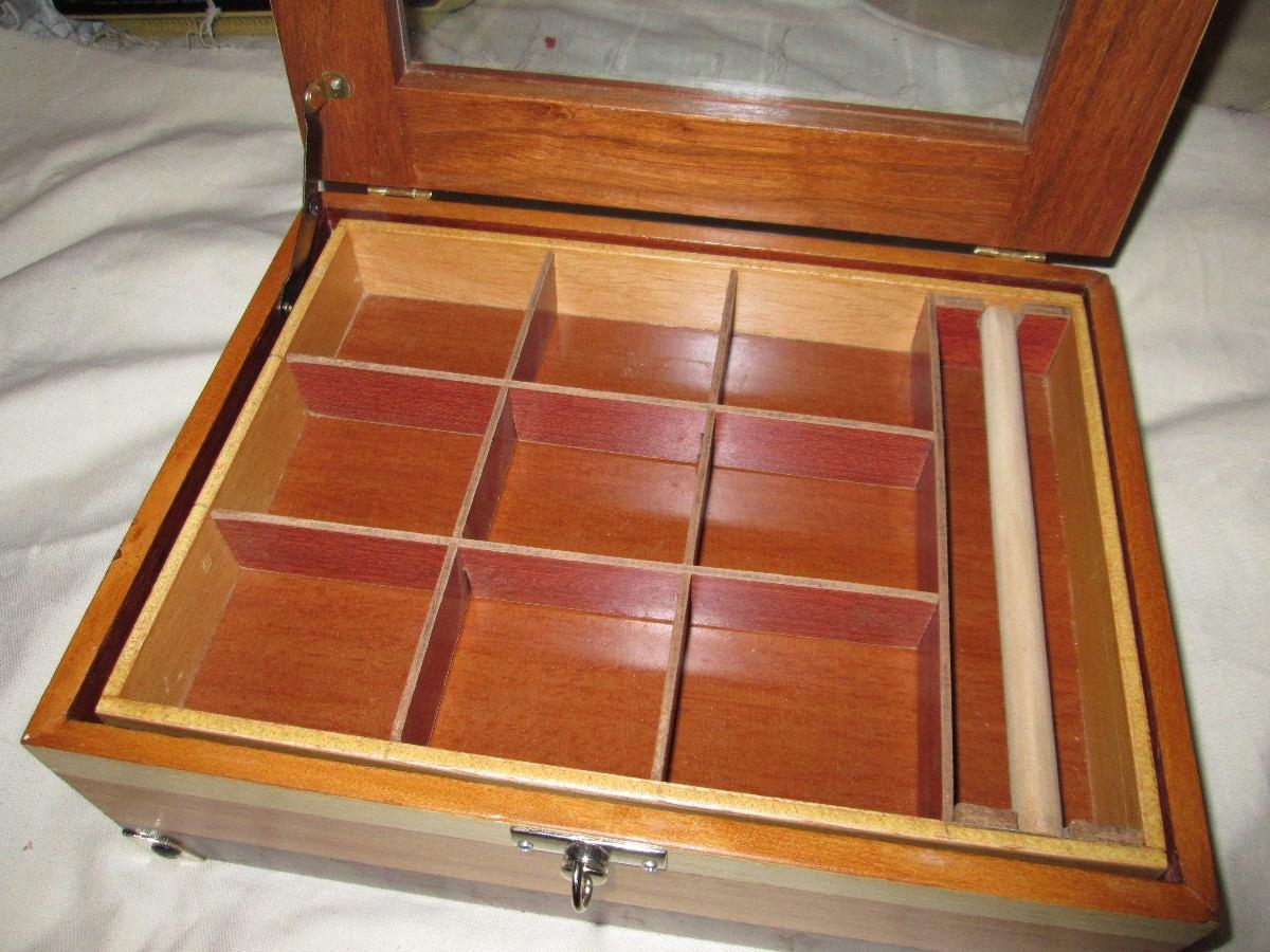 Caixa madeira Folha Na Laterais tampa De Vidro 31x23 5 A11 R$ 98  #A97D22 1200x900