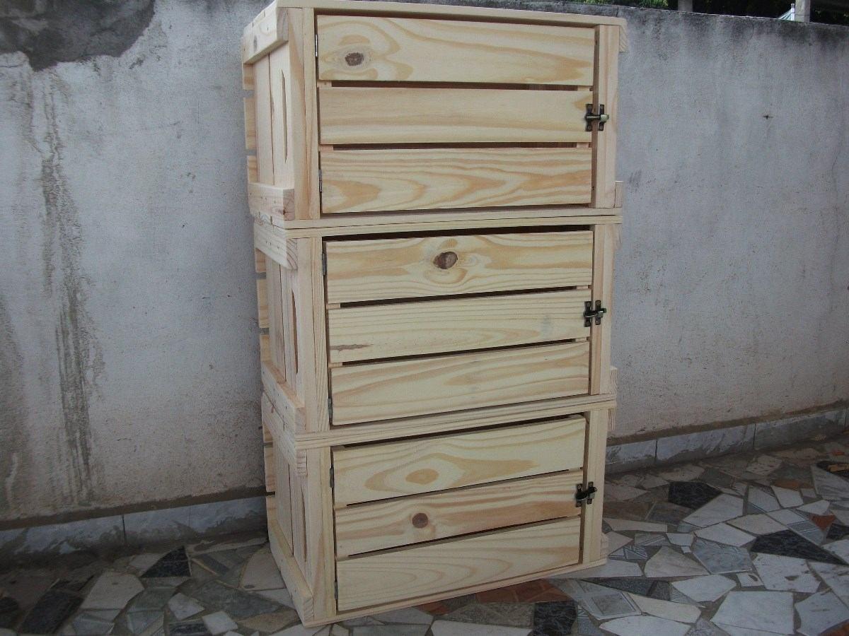 Caixotes De Feira Padrão Com Porta ( Madeira ) Novo  R$ 74,99 no MercadoLivre -> Armario De Banheiro Com Caixa De Feira