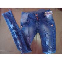Calça Jeans Rasgada, Com Detalhes Em Pedras Brilhantes