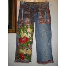 Calça Jeans Customizada Capri Com Pintura Em Tecido!!!