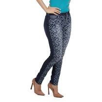 Calça Jeans Com Bordado Planet Girls
