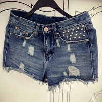 Short Jeans Azul Com Detalhe De Spikes / Pronta Entrega