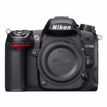 Nikon D7000 (corpo) 16.2 Mp + Bolsa Shakira + Acessórios