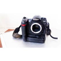 Câmera Nikon D200 (corpo) + Grip + 2 Baterias + 3 Cartões