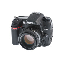 Nikon D7000 Kit 50mm F/1.4g + 32gb