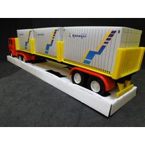 Caminhão Carreta Com 03 Container Comp.51cm Larg.08cm Alt.09