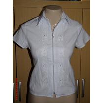 Camisa C/ Detalhes Em Bordado Tam;p R$ 25,00