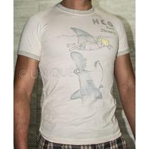 Camiseta Hollister - Tamanho P - Original