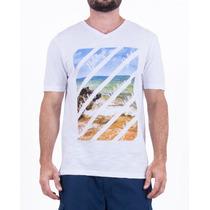Camiseta Holidays Em Malha Flamê Com Decote V
