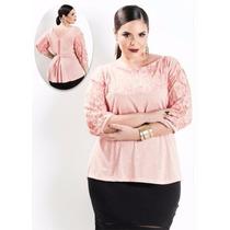 Blusa 3/4 Com Detalhes Em Renda Rosa Plus Size