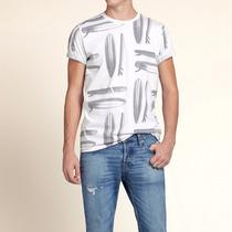 Hollister - Camiseta Estampada Surf Masculino G