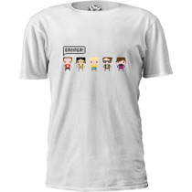 Camiseta Retro 8-bit Big Bang Theory Sheldon Bazinga!