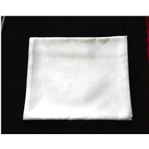 Lenço Quadrado Branco Em Cetim Charmousse 90x90 Cm