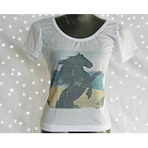 C01 Camiseta Feminina Estampa Cavalo