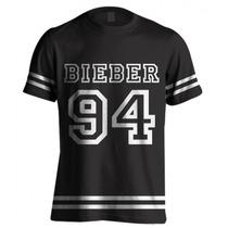 Camiseta College Justin Bieber