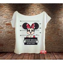Blusa Gola Canoa Feminina Minnie Suspeita Mickey