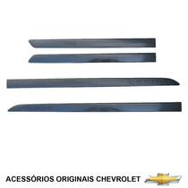 Kit Frisos Laterais Com Logo Chevrolet Onix Prisma Novo Spin