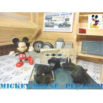 Porca Suporte Placa De Licença Traseira Astra Wagon 95-96