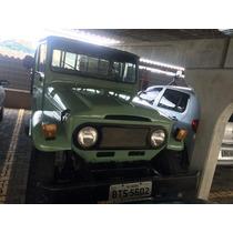 Toyota Bandeirante 1973 Inteira