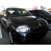 Renault Clio 1.0 Sedan 2002