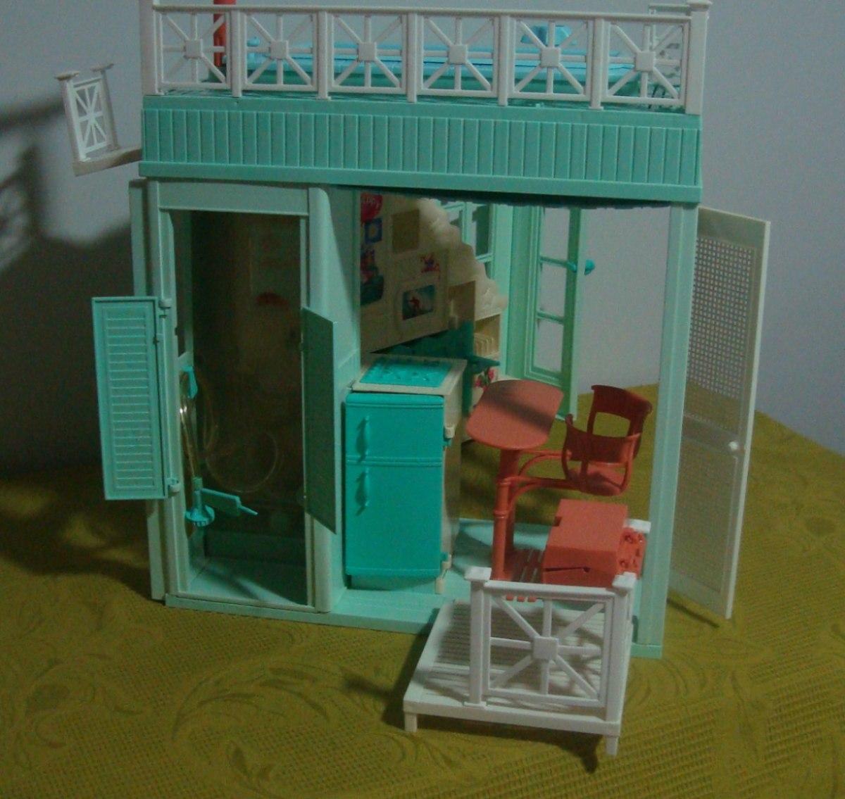 Casa De Praia Da Barbie Anos 90 R$ 280 00 no MercadoLivre #674A20 1200x1135 Banheiro Da Barbie Mercadolivre