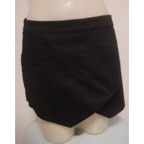 Shorts Saia Preto Em Tecido De Algodão Com Elastano - M