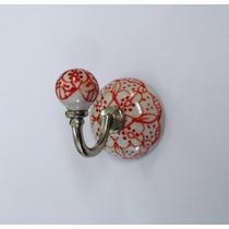 Cabide Cerâmica Vermelho Indiano Detalhado Com Branco