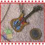 Colar Guitarra Vintage Pedrinhas Brilhantes Feminino