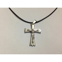 Colar Em Couro Ecológico Cruz Crucifixo Masculino Feminino