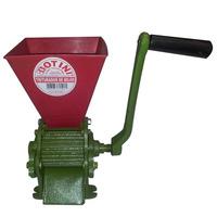 Triturador De Milho Manual Em Ferro Fundido 30kg/h