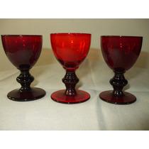 3 Taças Em Cristal Rubi De Licor Antigas