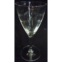Taça Para Vinho Com Lapidação De Coroa De Louros