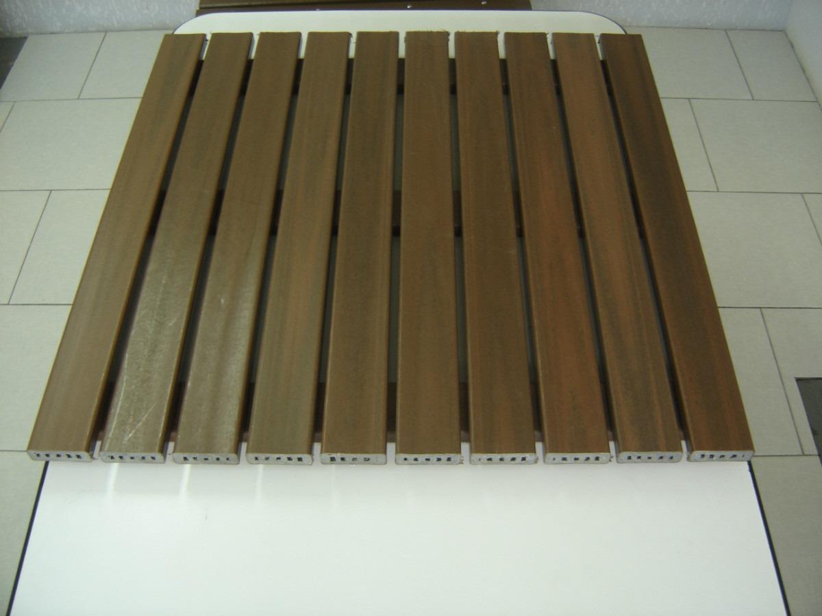 Deck Madeira Plástica Modular 1m X 1m . R$ 250 00 no MercadoLivre #5C492A 1200x900