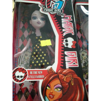 Boneca Magic Girl Similar Monster High + Brinde Adesivos