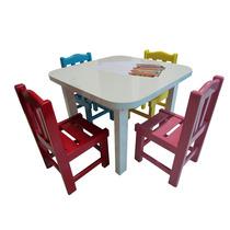 Mesinha Infantil De Madeira Com 4 Cadeirinhas Coloridas