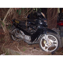 Carenagem Frontal P/ Moto Traxx Jl-110/ 2005 (no Estado).