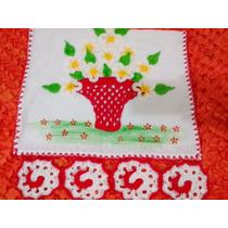 Pano De Prato Com Cesta De Flores Em Crochê