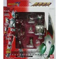 Masked Rider Garren - Fantástico (articulado)