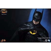 Batman - Dx09 - Hot Toys - Escala 1/6 - Hottoys